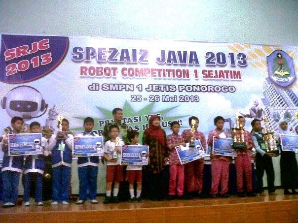 SDMT Raih Juara I Robotika